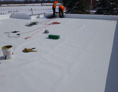 flat-roof-winter